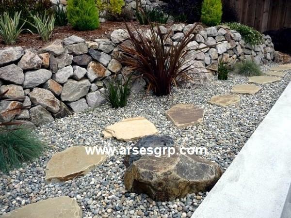 محوطه سازی ویلا باغ با سنگ