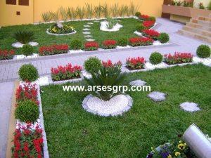 طراحی محوطه باغجه با سنگ