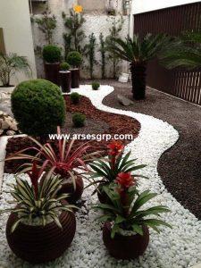 هزینه طراحی محوطه باغ با سنگ