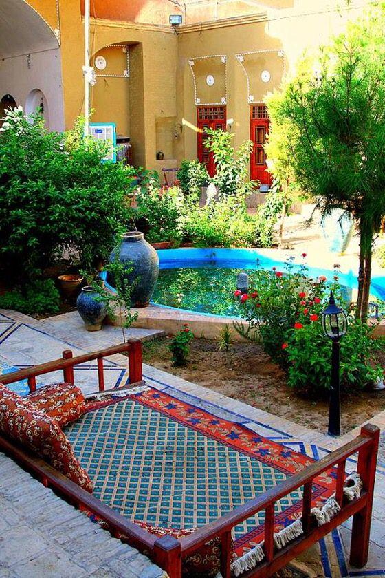 حیاط ساز سنتی