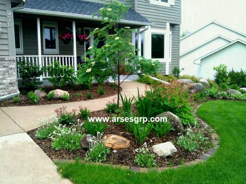 محوطه سازی باغچه حیاط ویلا