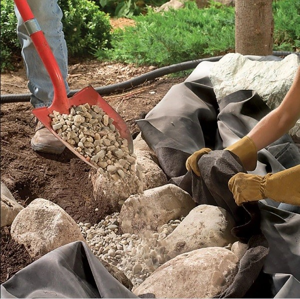 مراحل ساخت آبنما در حیاط